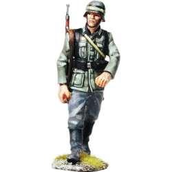 WW 088 toy soldier wehrmacht marchando 1