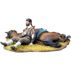 TYW 025 toy soldier soldado herido caballo