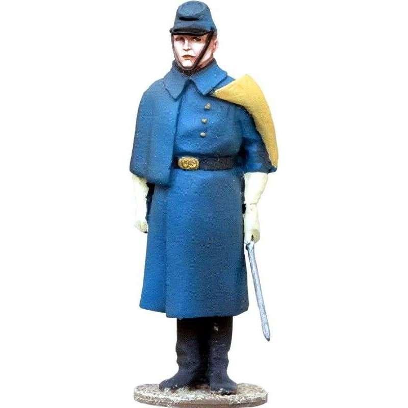 W 012 Joven teniente de caballería Estados Unidos con abrigo