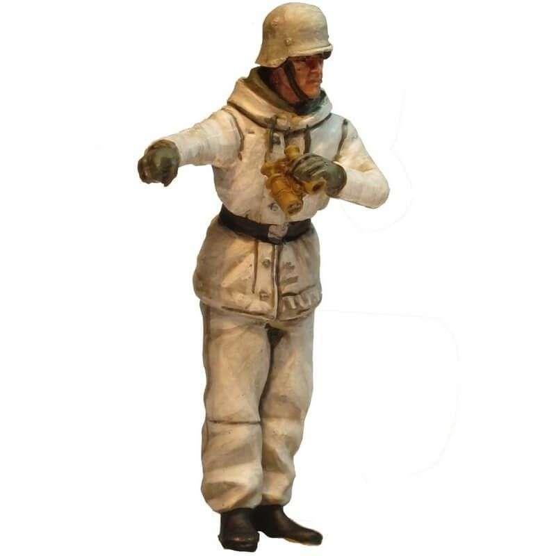 WW 199 Comandante carro camuflaje invernal 1
