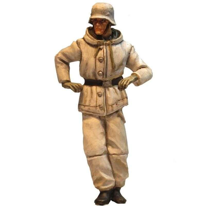 WW 200 Comandante carro camuflaje invernal 2