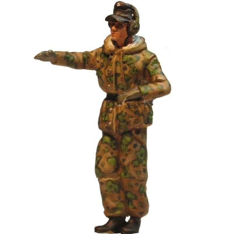 WW 202 Comandante carro camuflaje primavera 1