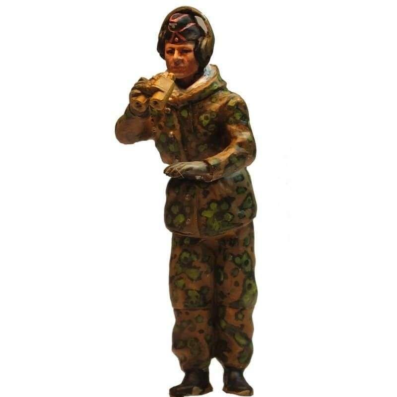 WW 203 Comandante carro camuflaje primavera 2
