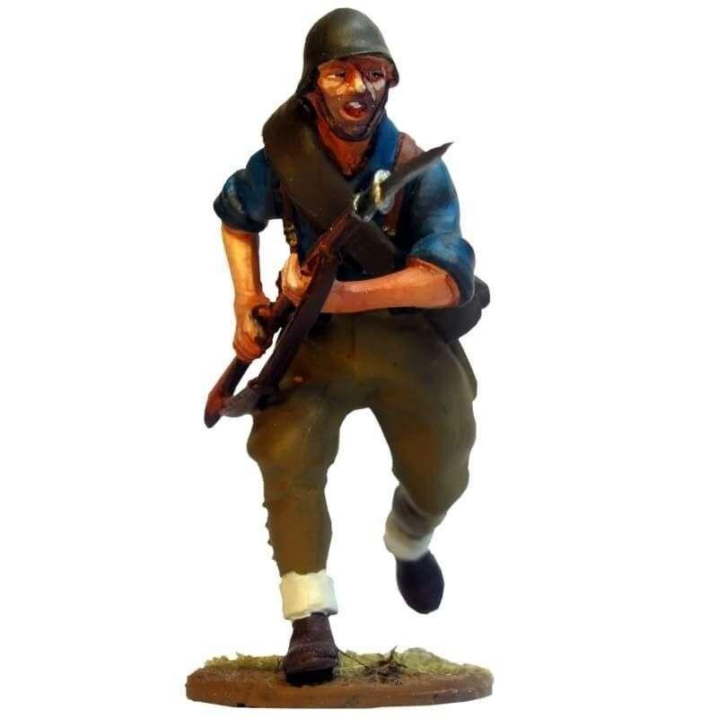 Falange militiaman running helmet