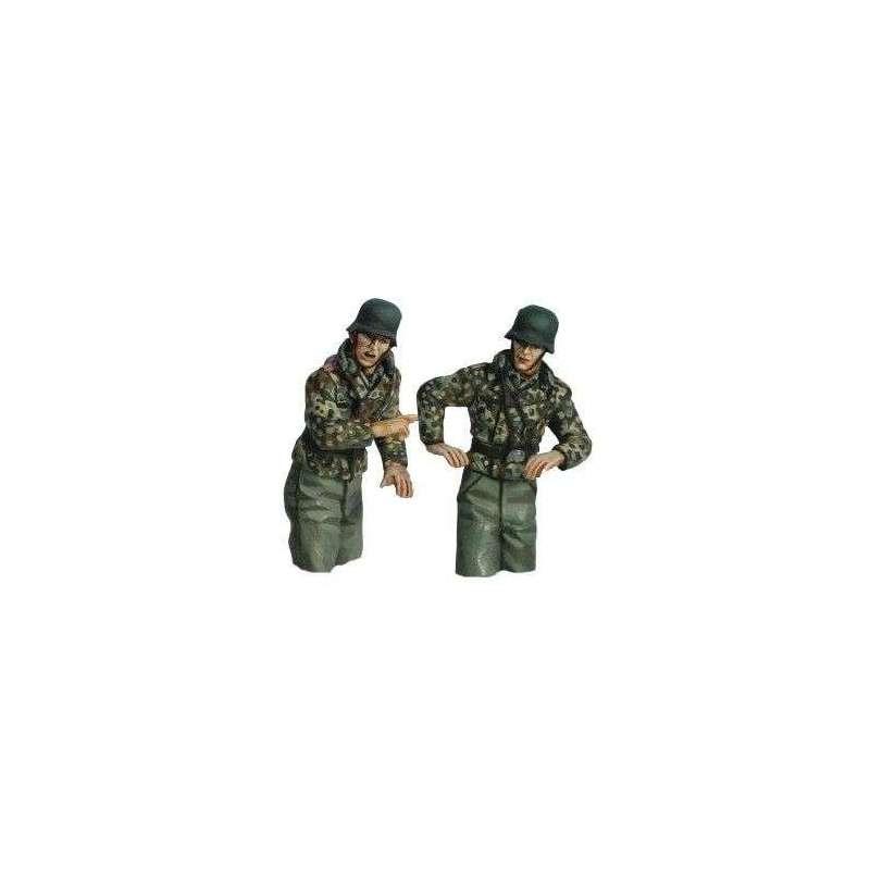 WW 205 Artillería autopropulsada uniforme mimético medios cuerpos