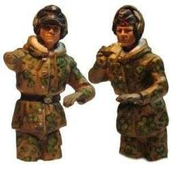 WW 207 toy soldier panzer commander spring camo half bodies