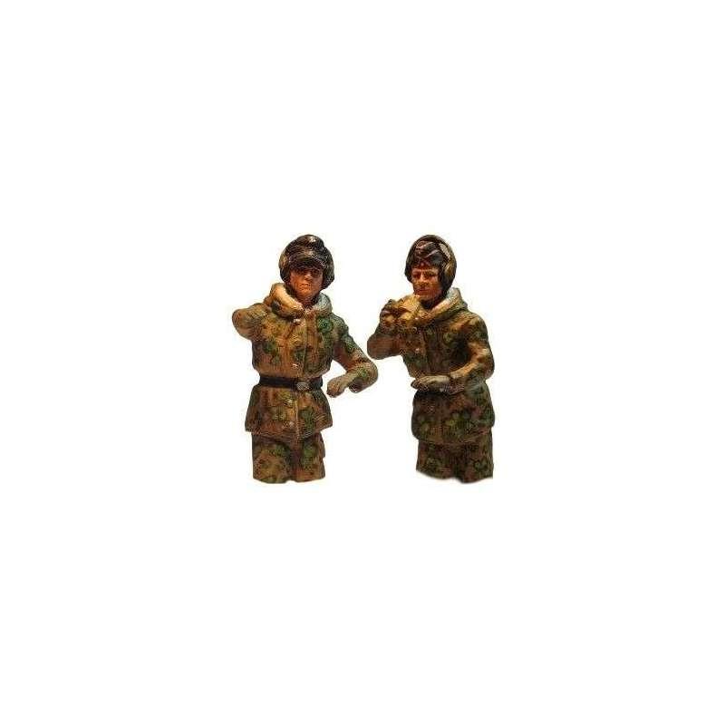 WW 207 Panzer commander spring camo half bodies