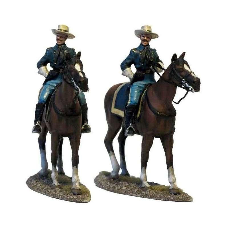 W 040 Oficial caballería Estados Unidos en patrulla