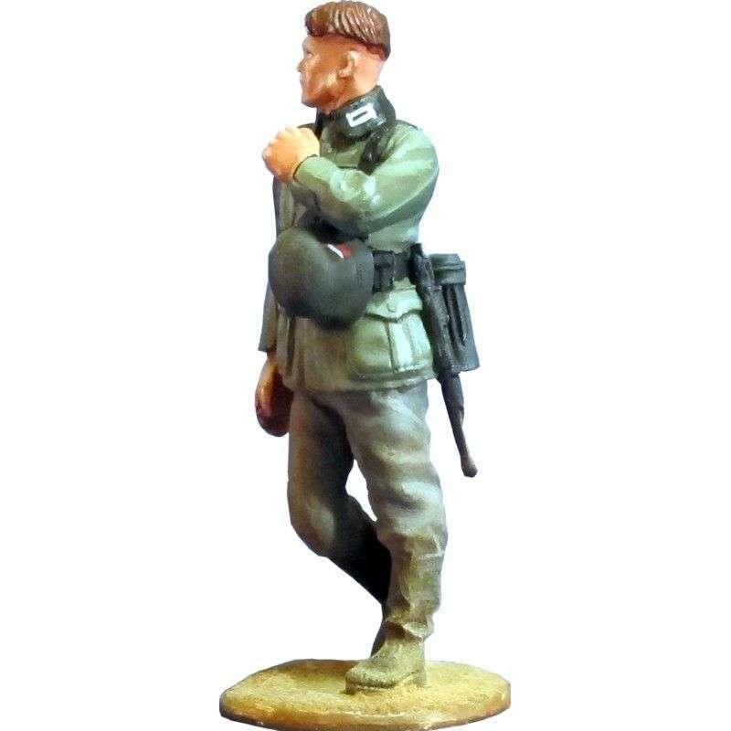 WW 128 Soldado wehrmacht marchando 5