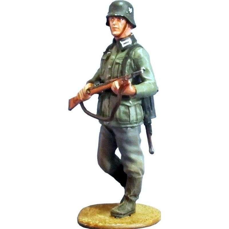 Soldado infantería patrulla Wehrmacht 2