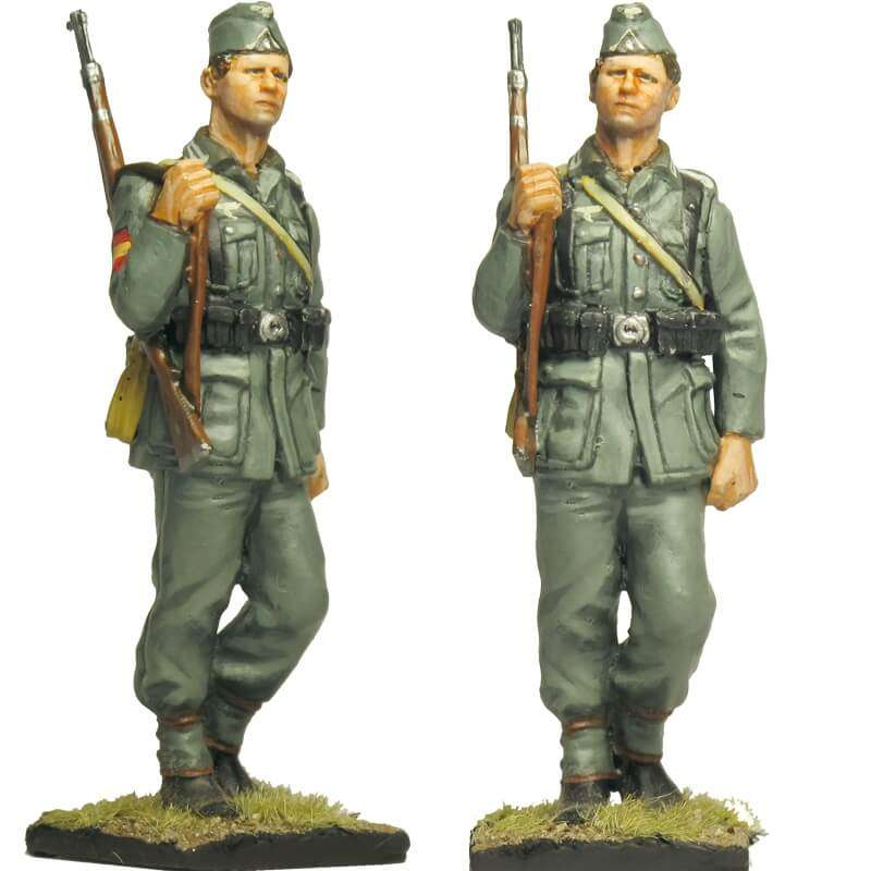Spanish Blue division 250 WH infantry division Private 2