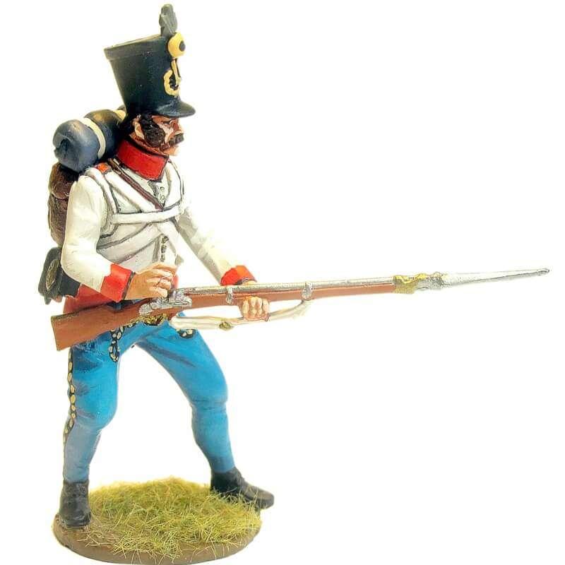 Fusileros regimiento infantería austriaco Duka defendiendo