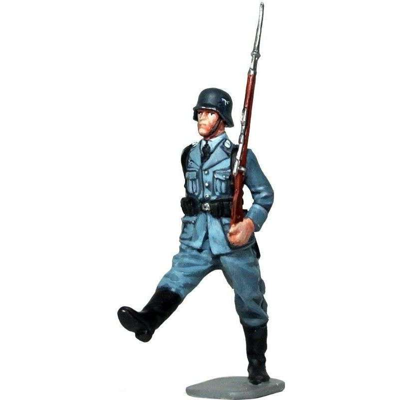 WW 180 Soldado desfile división Hermann Göring