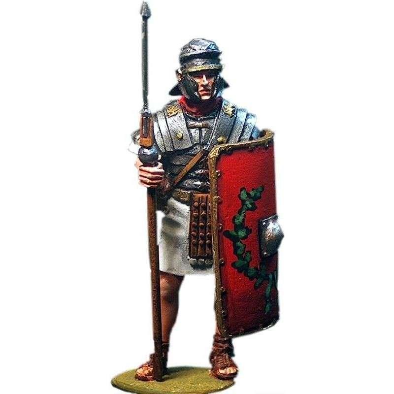 Roman legionary 3