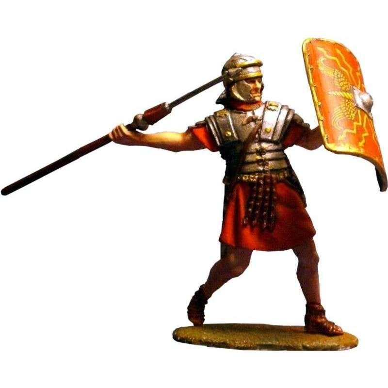 Legionary throwing pilum
