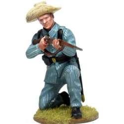 CUBA 004 Soldado español Cuba 1898 arrodillado disparando