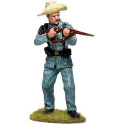 CUBA 009  Soldado español Cuba 1898 de pie disparando 3