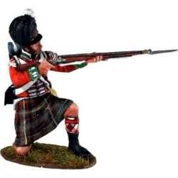 Cameron highlanders kneeling