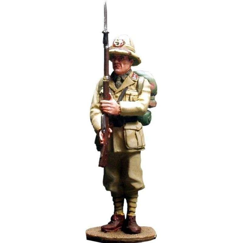 Italian infantryman Africa 1940