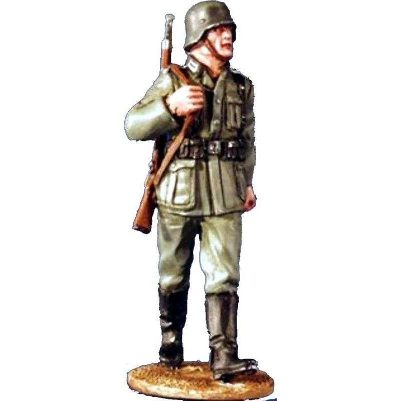 Soldado Wehrmacht marchando