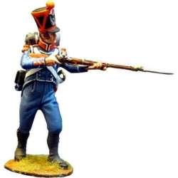 Carabinero infantería ligera francés 1815 de pie disparando