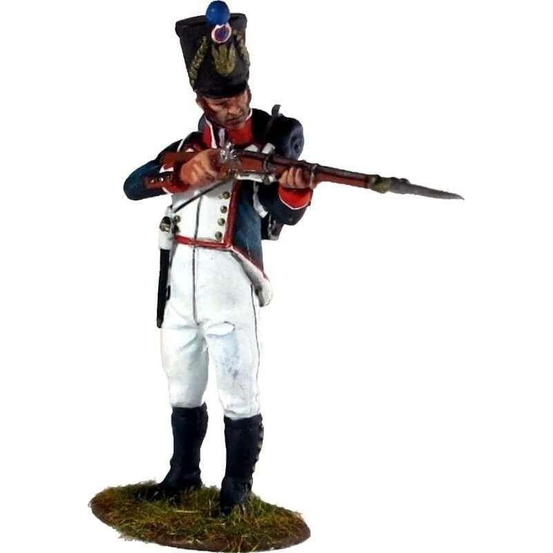 Fusilero infantería línea francesa de pie disparando