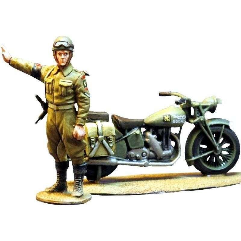 WW 070 Policía militar británico y Triumph