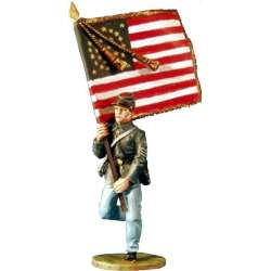 ACW 026 toy soldier 20th Maine infantry flat bearer